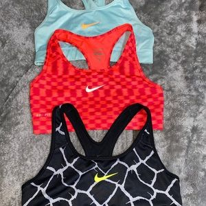 Nike Sports Bra Set